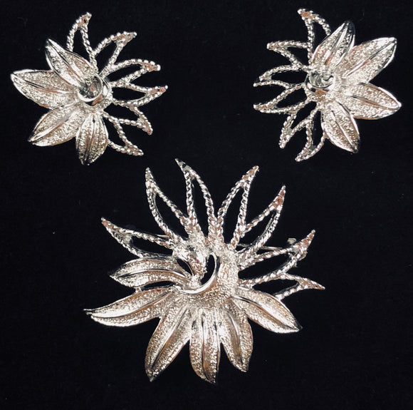 1969 Sarah Coventry Demi-Flower Brooch & Earrings