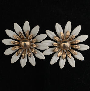 1968 Sarah Coventry Fashion Petals Earrings