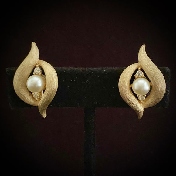 Late 50s/ Early 60s Crown Trifari Earrings