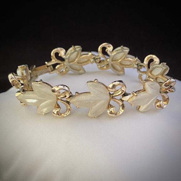 Late 50s/ Early 60s Dodds Thermoset Bracelet - Retro Kandy Vintage
