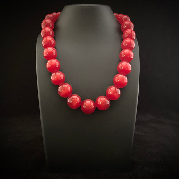 1960s Coro Moonglow Bead Necklace - Retro Kandy Vintage