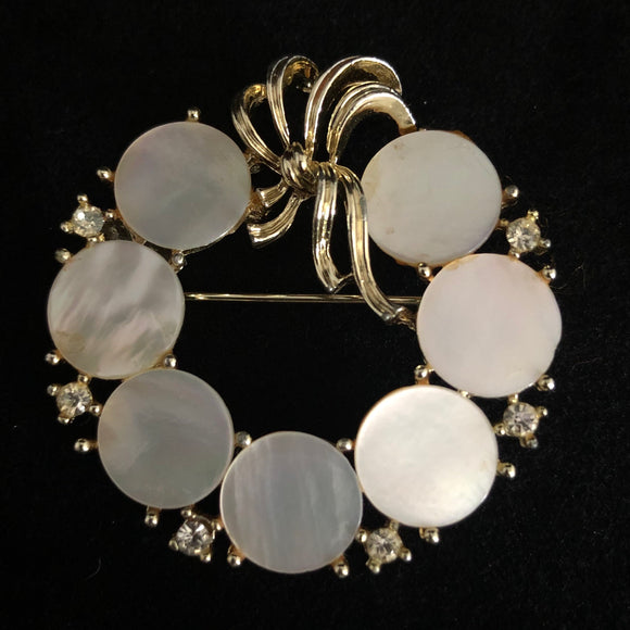 1960s Linser Mother-Of-Pearl Round Brooch - Retro Kandy Vintage