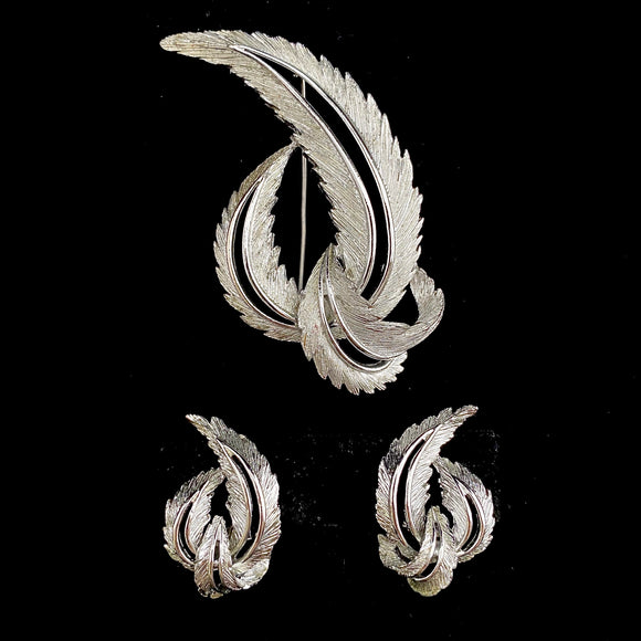 1964 Sarah Coventry Feather Fashion Brooch & Earrings Set - Retro Kandy Vintage
