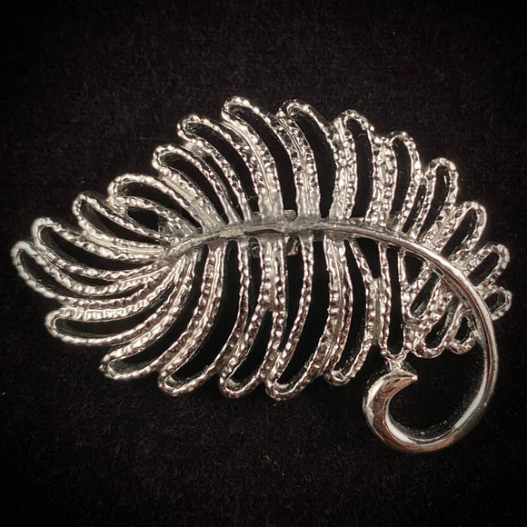 Late 50s/ Early 60s Gerry's Leaf Brooch - Retro Kandy Vintage