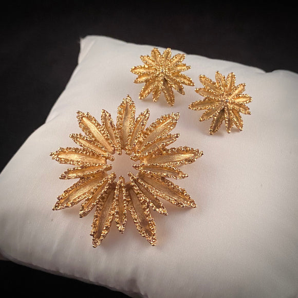 1972 Avon Starflower Brooch & Earrings - Retro Kandy Vintage