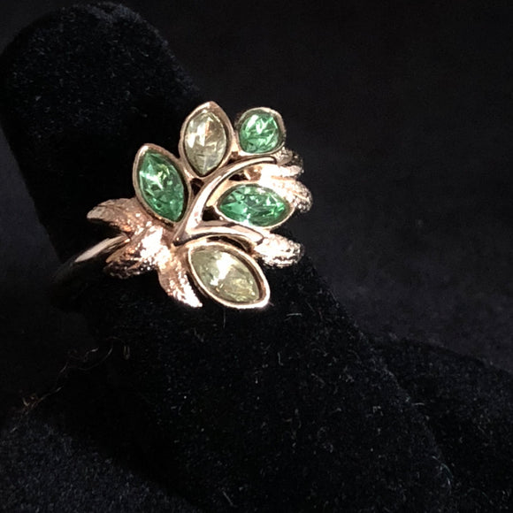 1974 Avon Leaf Lights Ring