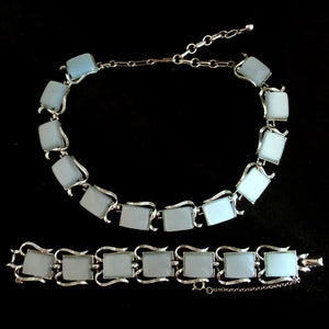 Late 50s/ Early 60s Coro Lucite Necklace & Bracelet