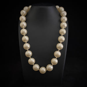 Late 50s/ Early 60s Marvella Hand Knotted Necklace