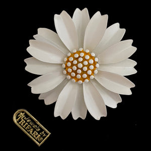 1960s Trifari Enamel Flower Brooch With Original Tags - Retro Kandy Vintage