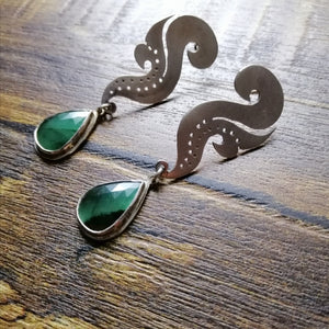 Nyonya Seahorse Posts with Emeralds