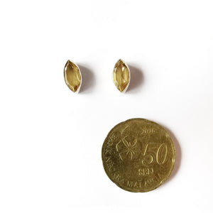 Hari-hari Ear Studs Earrings - Marquise Citrine