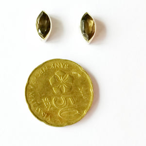 Hari-hari Ear Studs Earrings - Marquise Smoky Quartz
