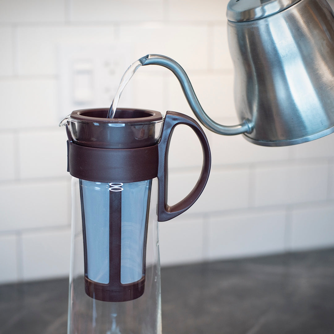how to make the perfect cold brew black creek coffee pour water soak