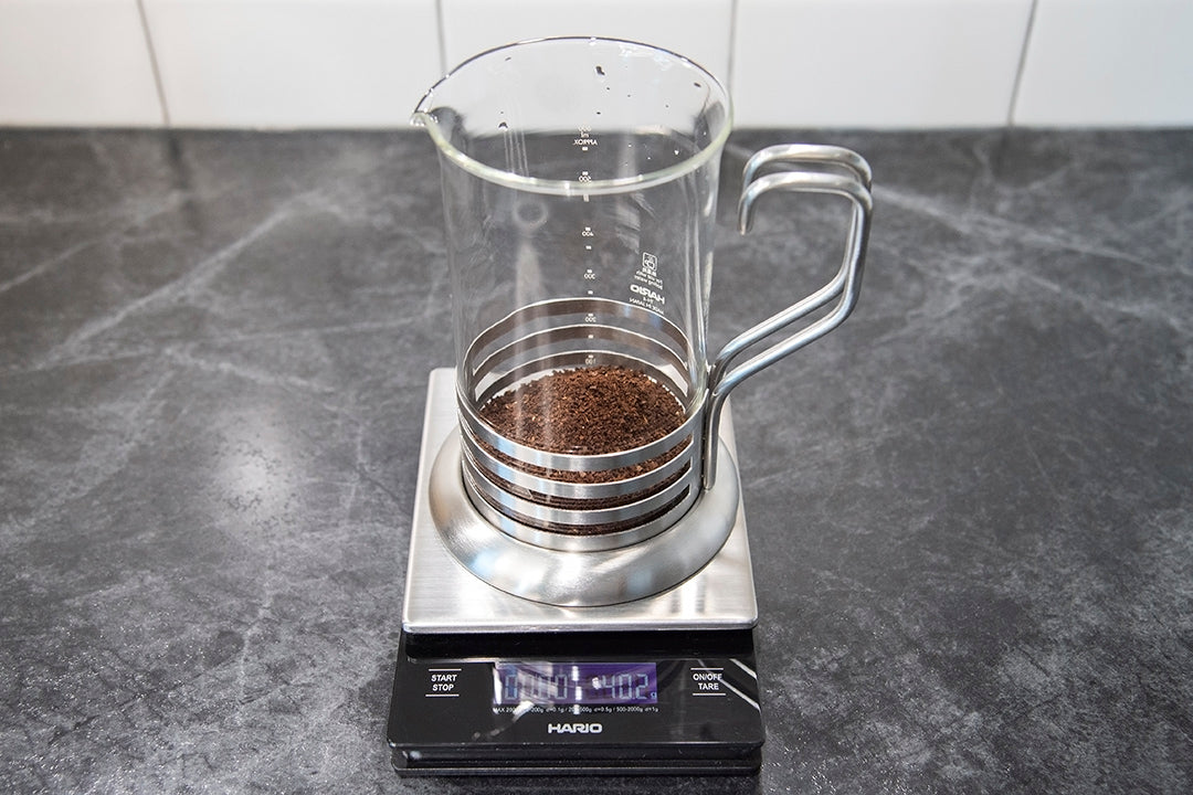 how to make the perfect french press coffee coarse ground tare scale