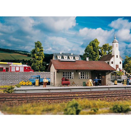 PIKO H0 Gauge Construction Set Burgstein Goods Shed