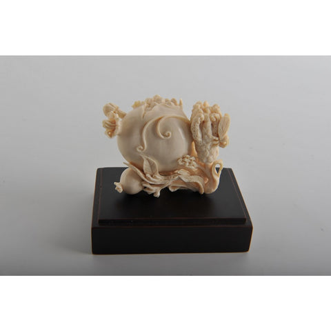 Mammoth Ivory- Snuff Bottle Fruits