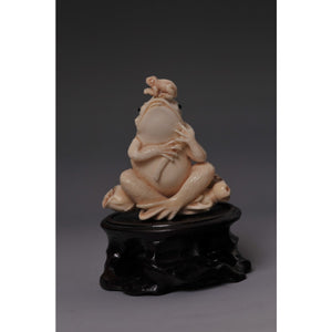 Mammoth Ivory- Snuff bottle Frogs