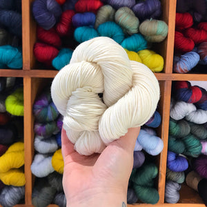 all colourways - dyed to order - merino/cashmere/nylon DK