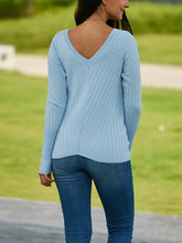 V-Neck Tight-Fitting Long-Sleeved Sweater