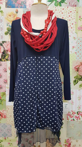 Navy & White Top LR0236