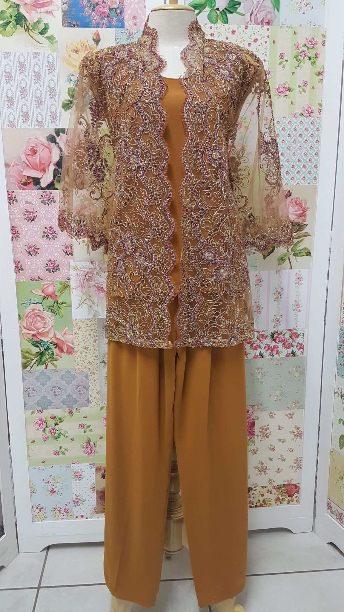 Dark Caramel Lace 3-Piece BT012