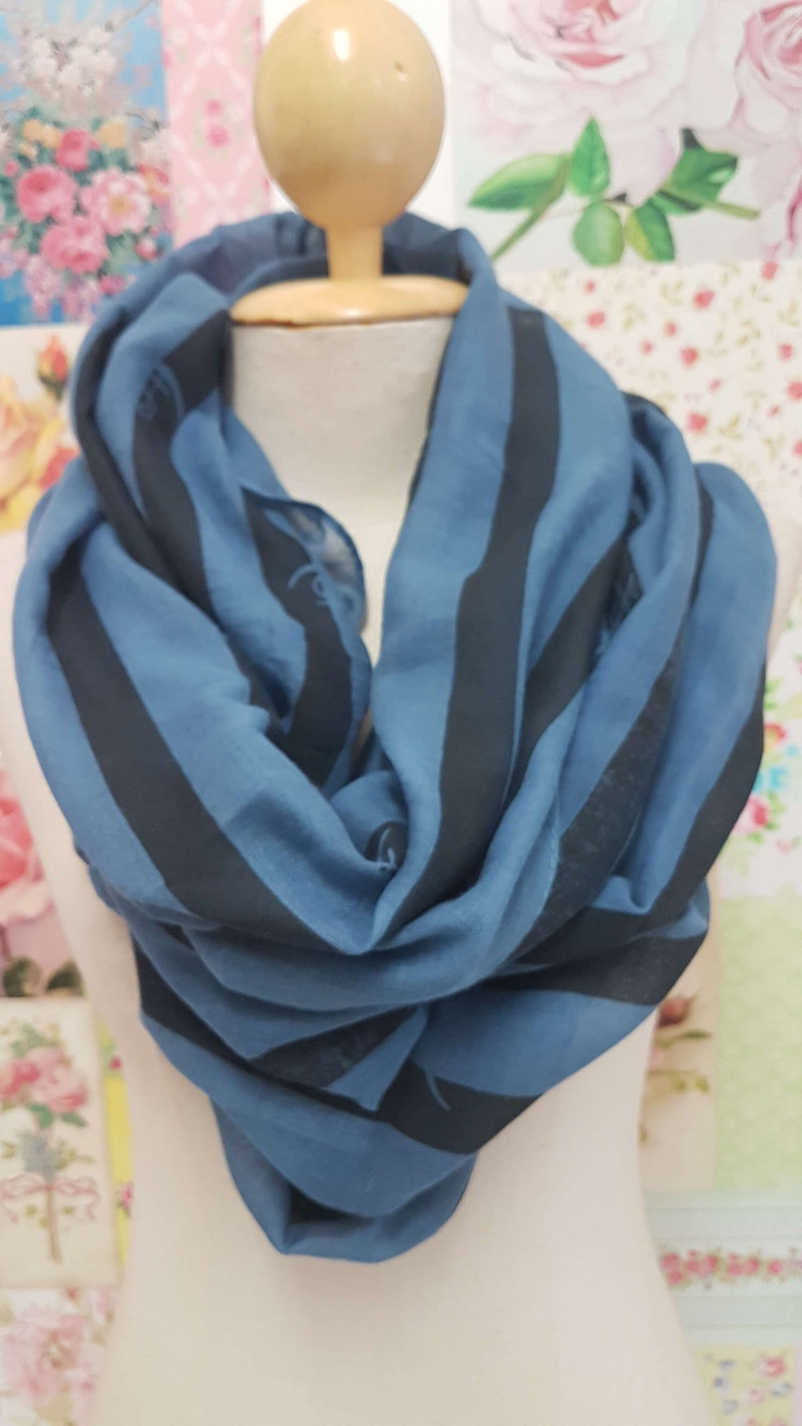Blue & Black Scarf SE009