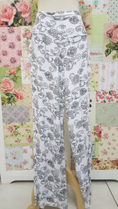 White & Black Printed Pants BE068