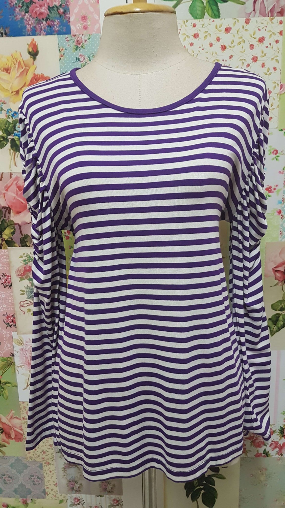Purple & White Top BK0297