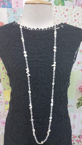 Clear Beads & Stones Necklace JU0171