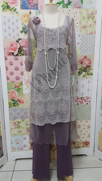 Mauve and Grey Lace 3-Piece ML014
