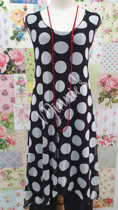 Black & White Polka Dot Top PG0218