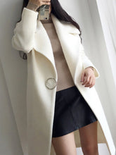Lapel Single Button Plain Pocket Woolen Coat
