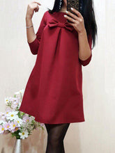 Round Neck  Bowknot  Plain  Polyester Shift Dress