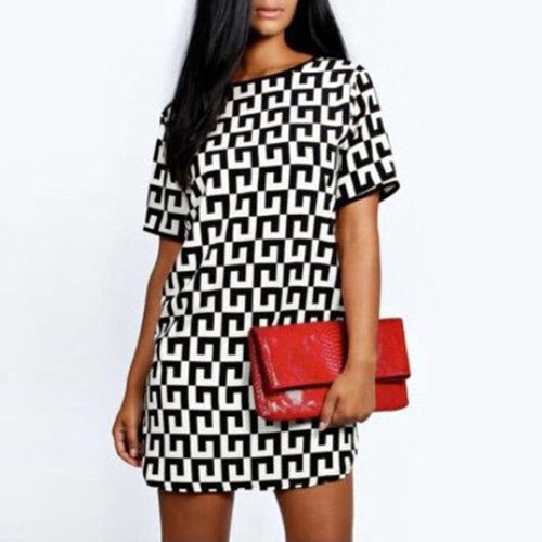 Black And White Plaid Round Collar Short-Sleeved Beach Vacation Dress