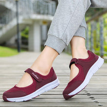 Flat  Mesh  Round Toe  Casual Sneakers