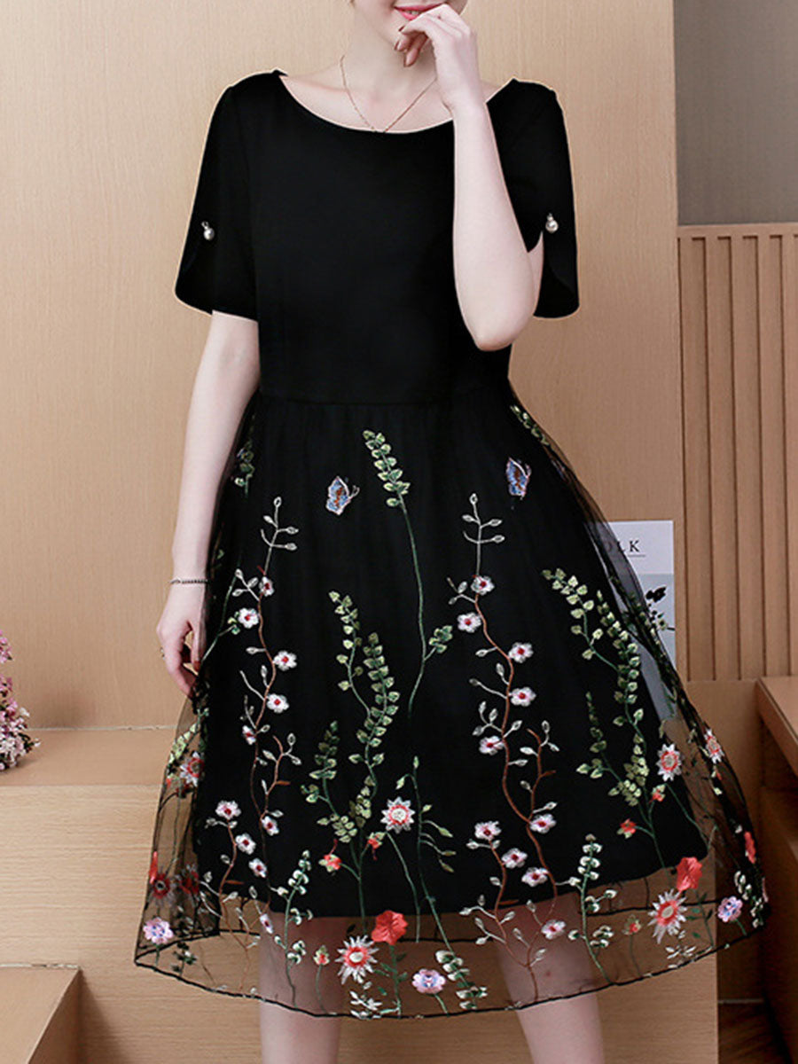 Round Neck Patchwork Embroidery Shift Skater Dress