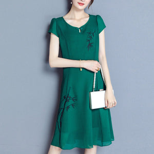 Green Print Round Neck Short Sleeve Woman Shift Dress