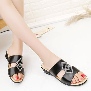 SOCOFY Plain  Low Heeled  Peep Toe  Casual Date Peep-Toe Wedges