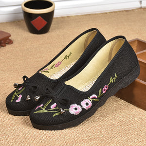 Embroidery Floral  Flat  Cotton  Round Toe  Casual Comfort Flats