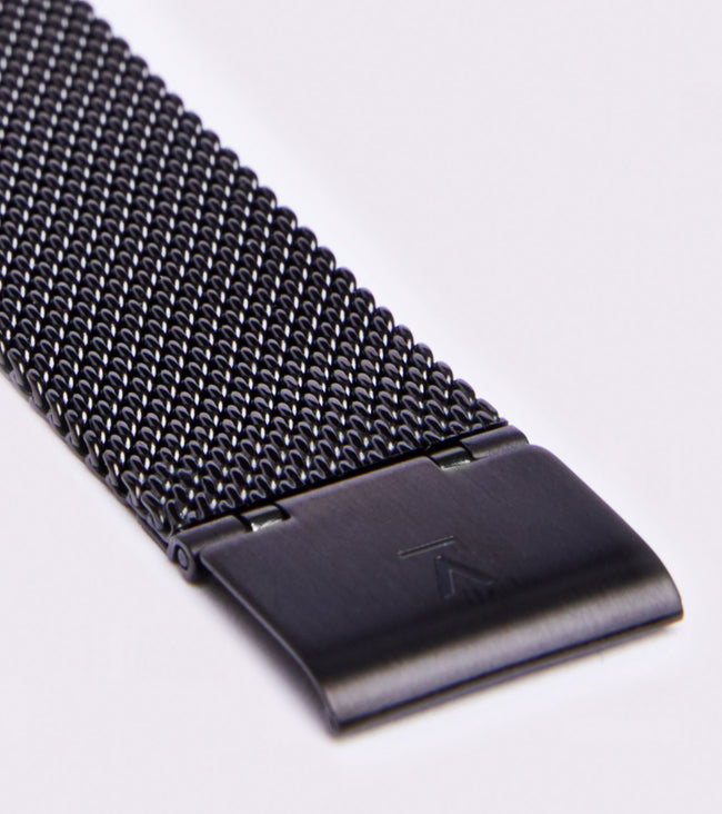 Votch All Black With Black Strap | Mesh Classic