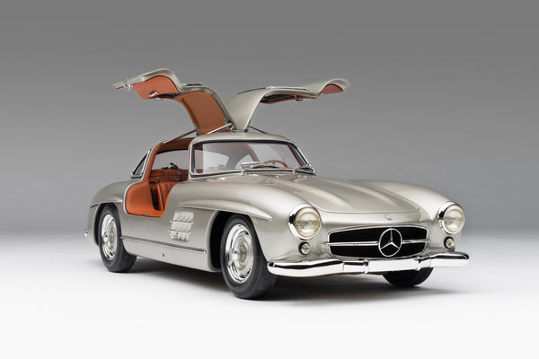 Mercedes Benz 300SL Gullwing at 1:8 scale