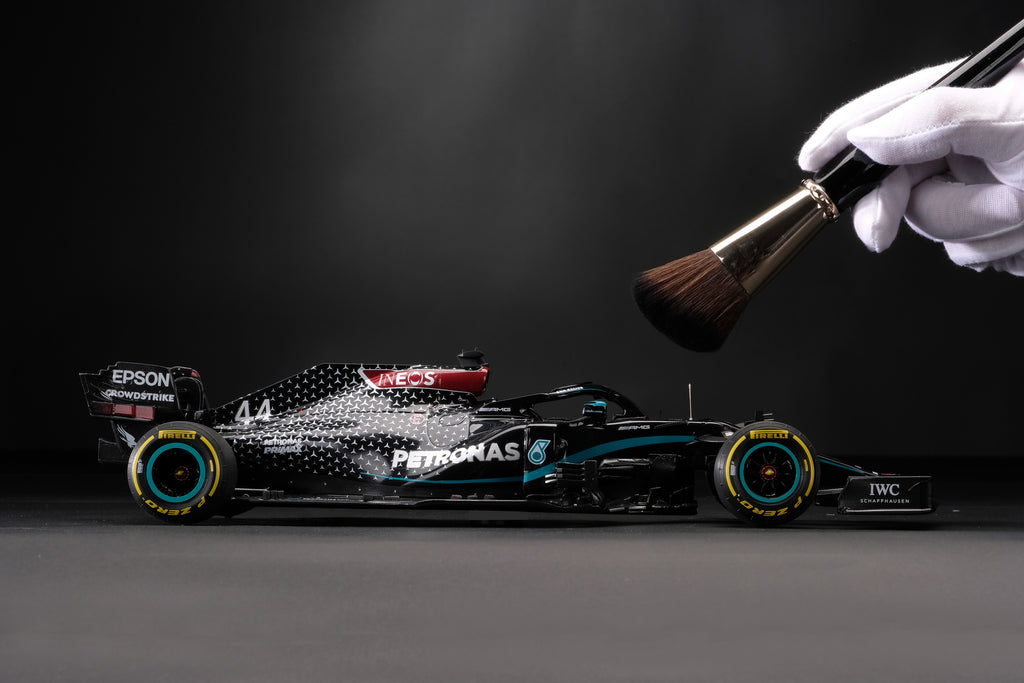Mercedes W11 at 1:18 scale