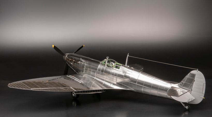 The 1940 Mk 1a Supermarine Spitfire at 1:16 scale