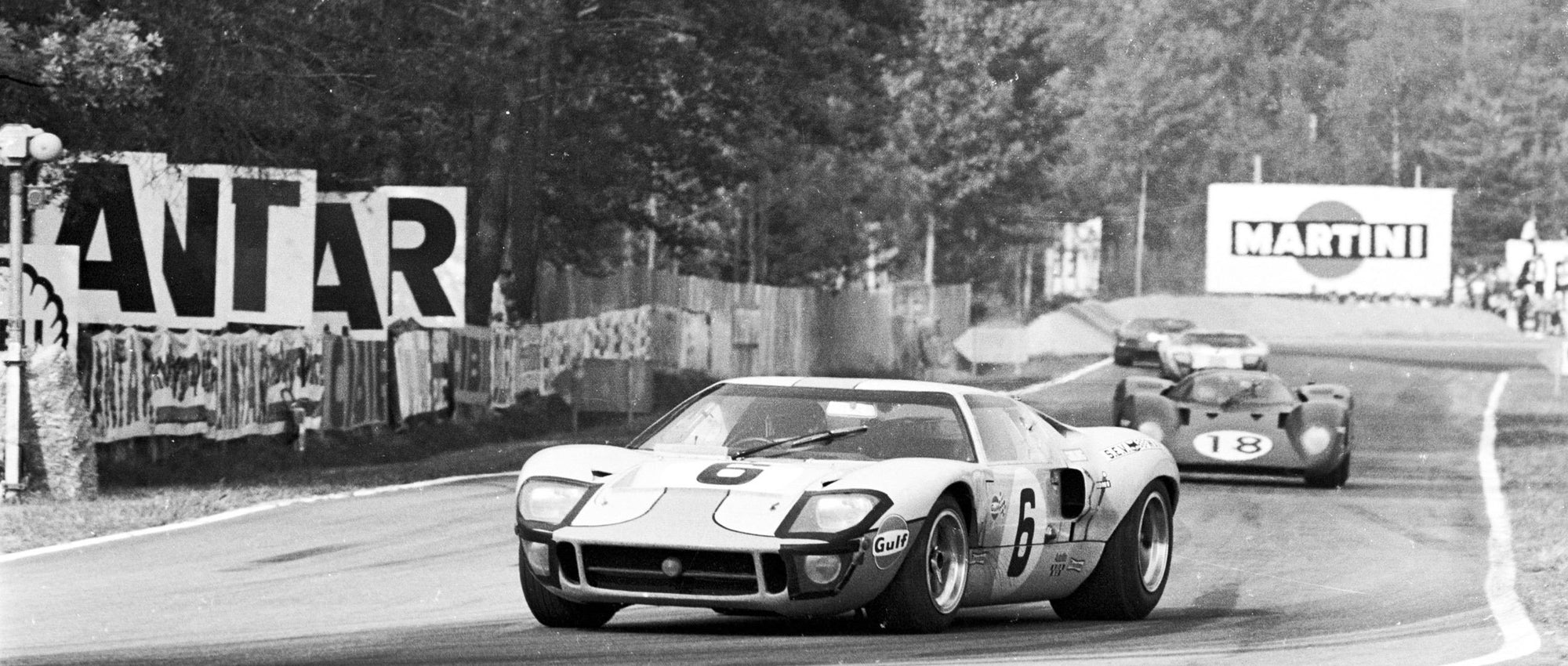 Ford GT40 - 1969 Le Mans Winner