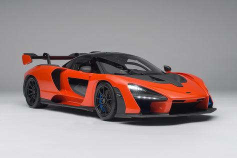 McLaren Senna with Lighting
