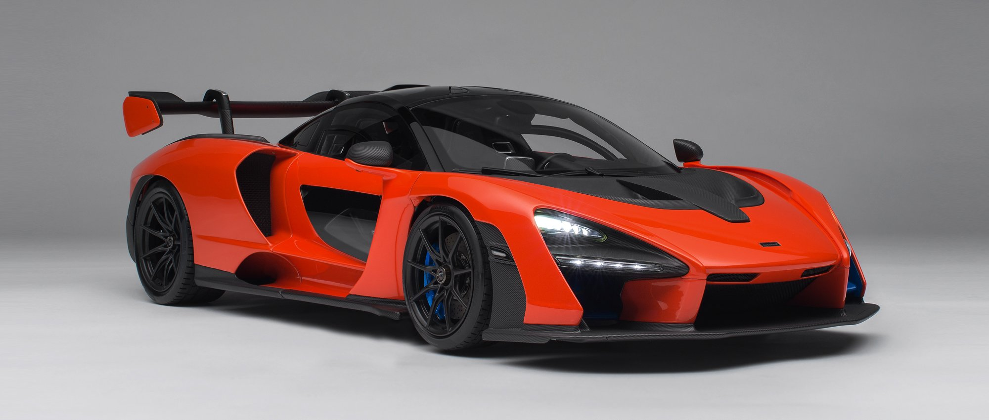 McLaren Senna with Lighting and Electric Doors