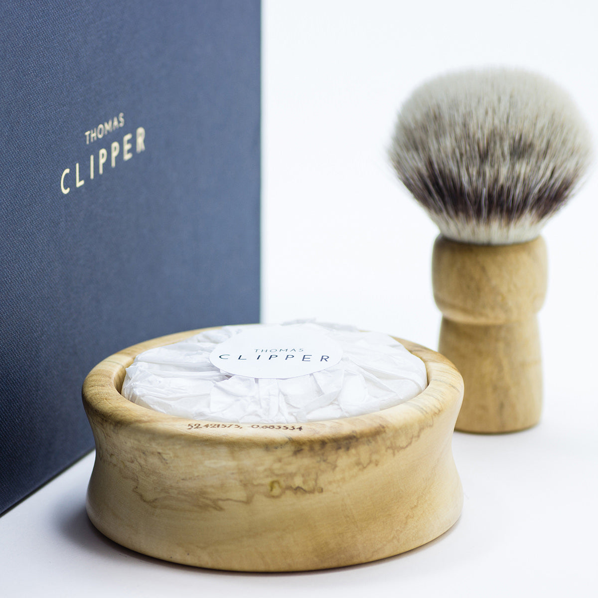 300-year-old British chestnut, sustainably sourced from the Boughton estate near Kettering. Premium badger-friendly synthetic bristles.