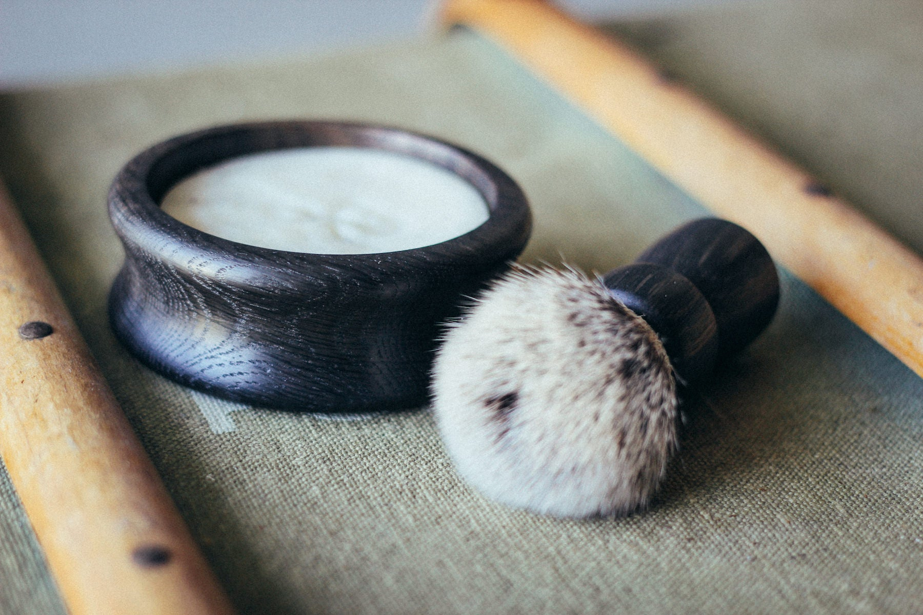 Thomas Clipper brush and bowl handmade in Britain by Richard. Premium badger-friendly synthetic bristles for a sophisticated shave.