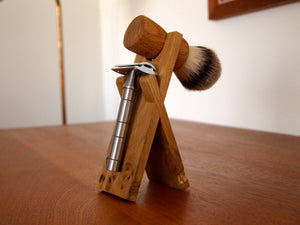 Anniversary Oak - Razor and Brush Stand - Thomas Clipper