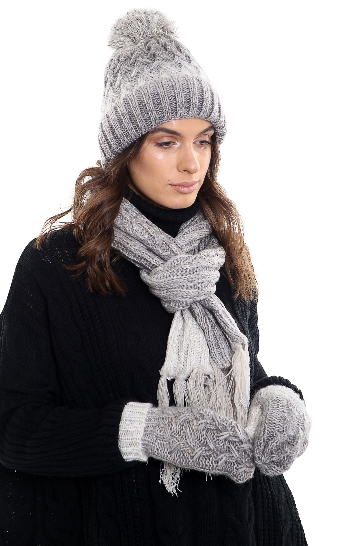 e1cd67b7433ea7 Womens LHTSF172 Wooly Thick knitted Hat, Scarf and Glove set - Grey & White